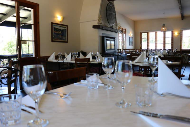 Hepburn Springs restaurants Rubens table